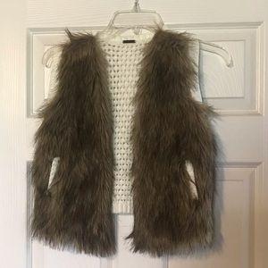 Elegant girls vest .